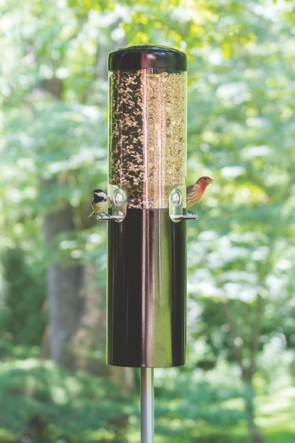 WBU Simply Complete™ Squirrel Proof Bird Feeder